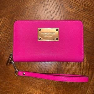 Michael Kors Hot Pink Wallet